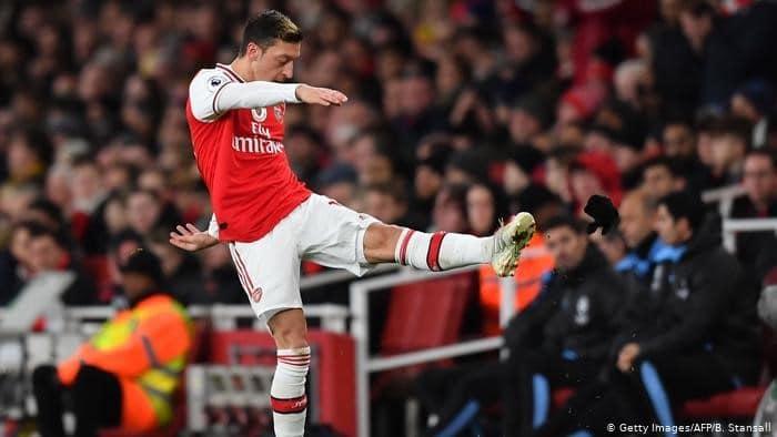 Mesut Özil's Xinjiang post enrages China's Arsenal fans
